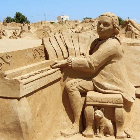 Take summer piano lessons